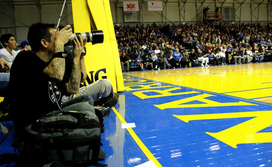 Santa Cruz photographer Tim Cattera captured all the action at the Warriors' Dec. 27 home game.