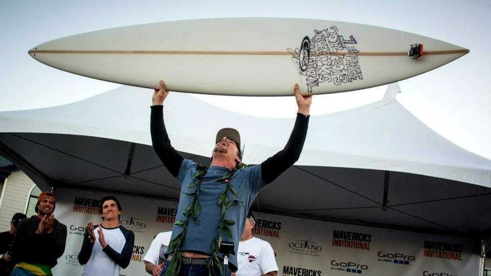 Peter Mel, of Santa Cruz, celebrates winning the 2012-2013 Mavericks Invitational. (Jan. 20, 2013)