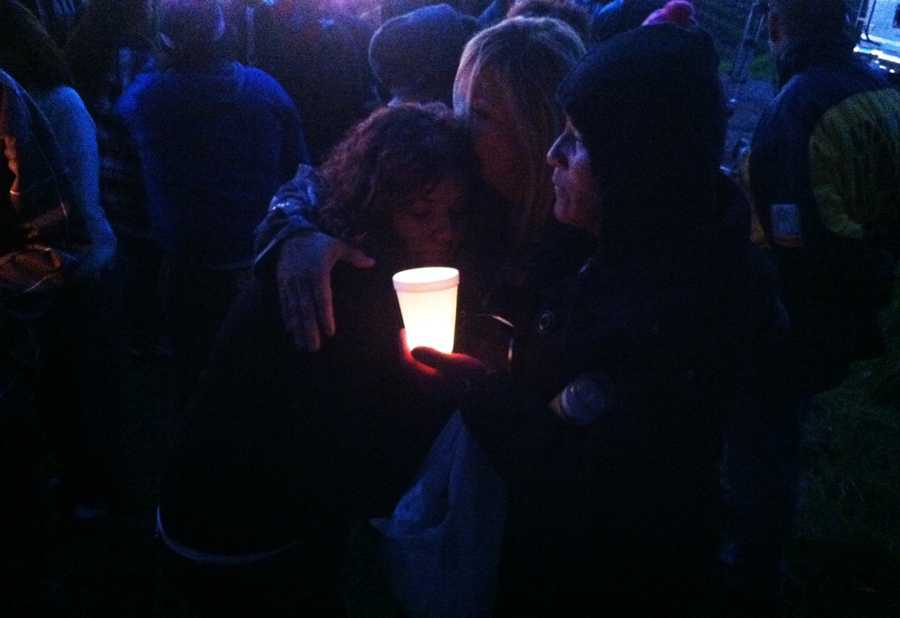 Acandlelight vigil was held for 10-month-old Angelle Jenisis Negron. Investigators said she was slain by her mother's 47-year-old boyfriend. (Feb. 20, 2013)