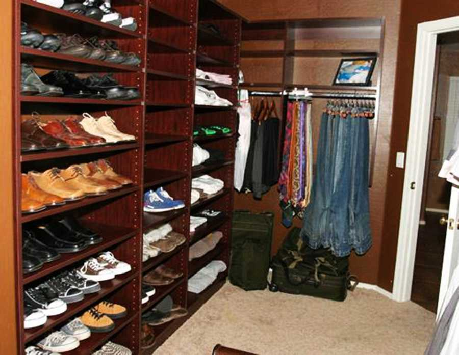 Arias said she ran into Alexander's closet, (shown here), grabbed his gun, and shot him in self defense. She testified that she did not remember stabbing him.