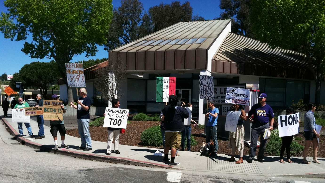 A pro-immigration rally is seen in Santa Cruz. (April 10, 2013)
