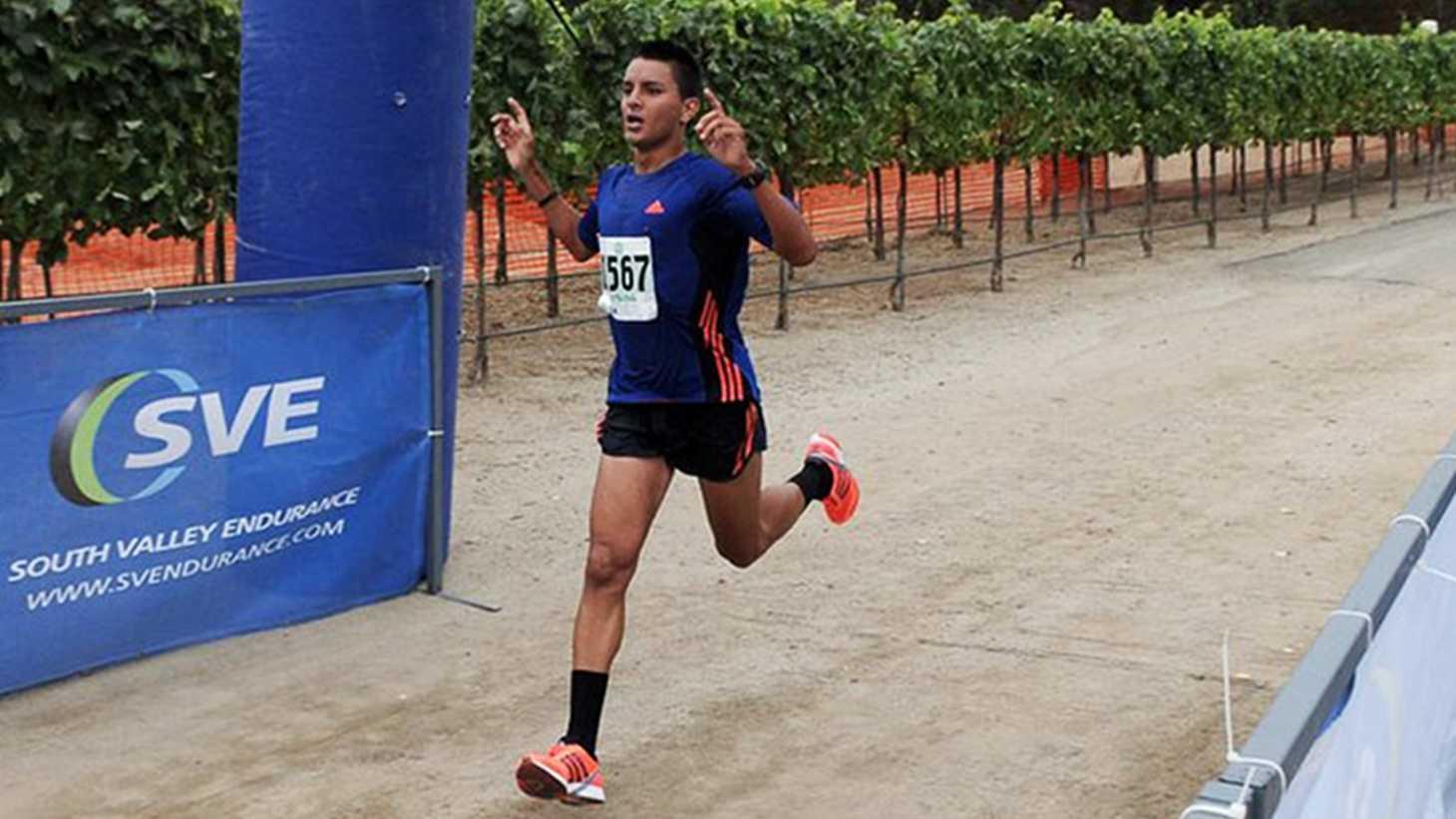 Daniel Tapia marathon.jpg