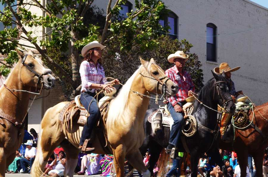 Downtown Watsonville parade / July 4, 2013