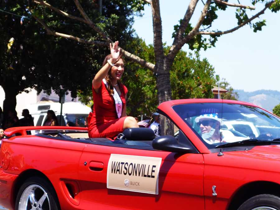 Jessica Vo is Miss Santa Cruz and a KSBW Sports Anchor. She had a great time riding in the Watsonville July 4, 2013 parade.