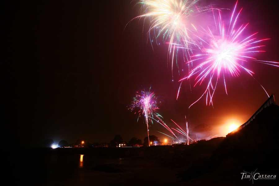 Illegal fireworks boom over West Cliff Drive in Santa Cruz. (July 4, 2013)