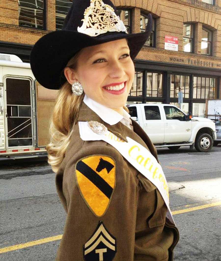 Tracy Hinson is the 2012 Miss California Rodeo Salinas and on Thursday she passed on her crown another young cowgirl.