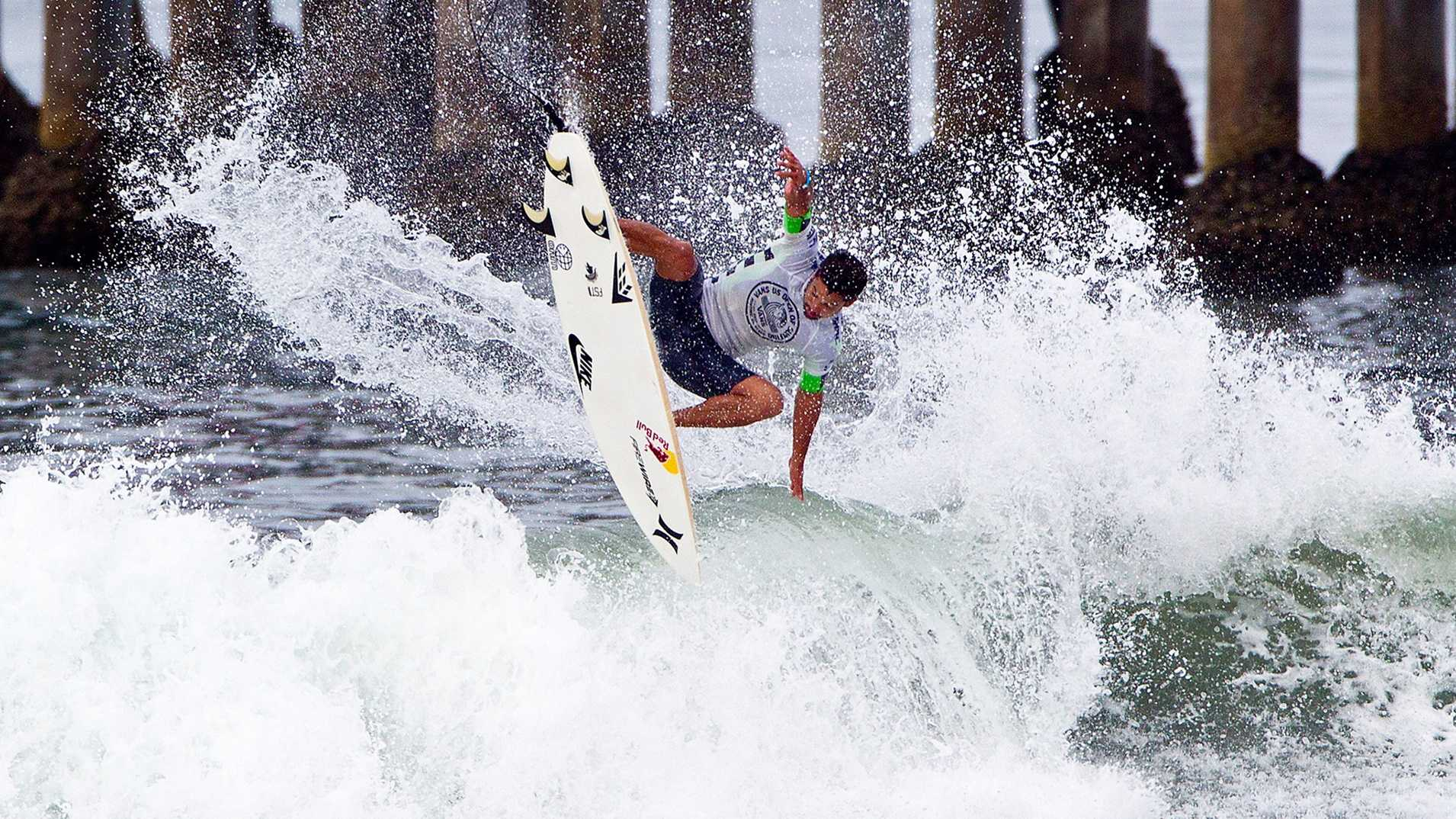 Michel Bourez defeated 11-time ASP World Champ Kelly Slater in at the Vans US Open of Surfing.