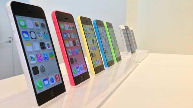 iPhone 5C on diplay