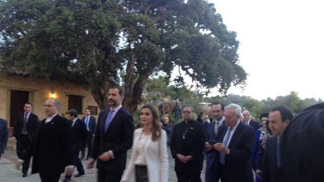 Royal couple visits Carmel by the Sea