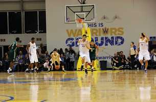 While playing the Reno Bighorns on Nov. 26, Seth Curry scored 23 points and had 10 assists.