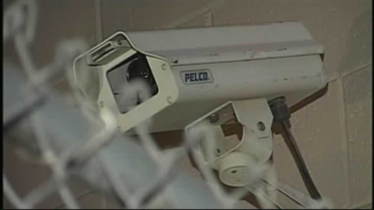 Hollister considers adding downtown security cameras