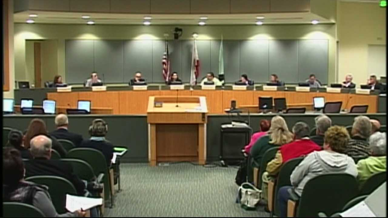 The city council passed a resolution calling for a 20% reduction in water consumption.