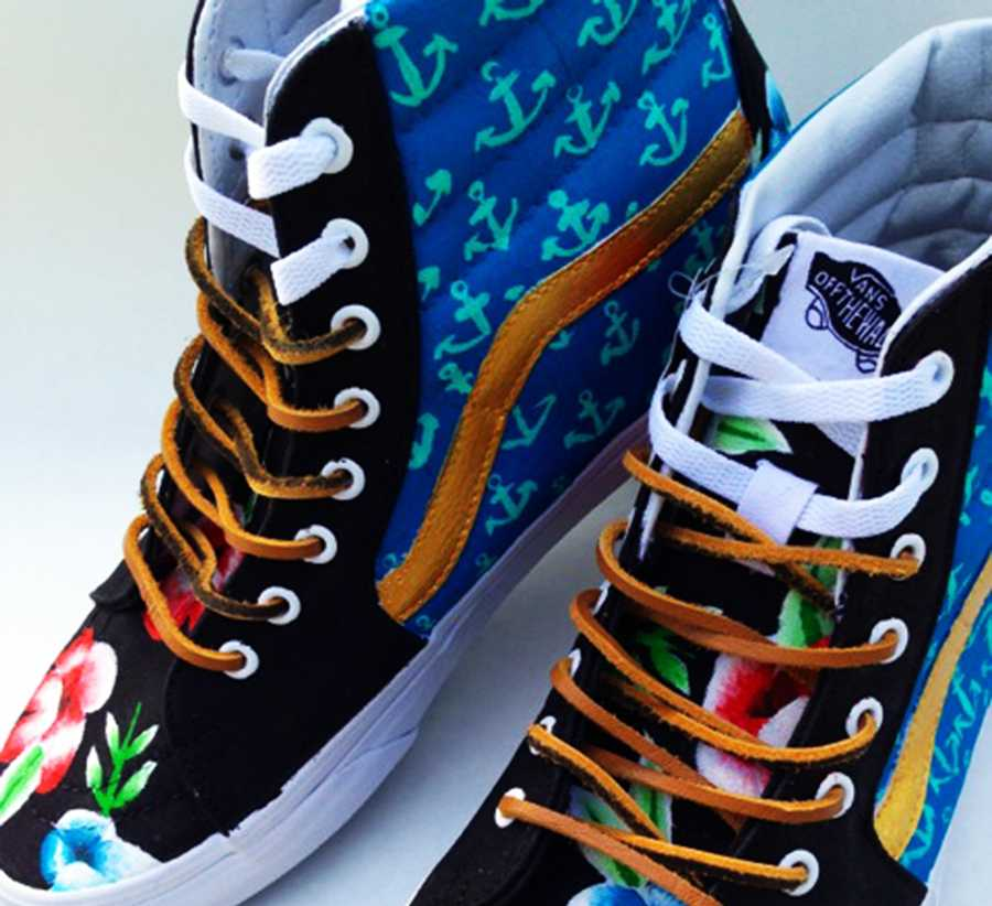 Miguel Martinez painted these California gold-themed shoes.