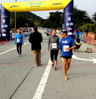 This runner ran the 5K barefoot!