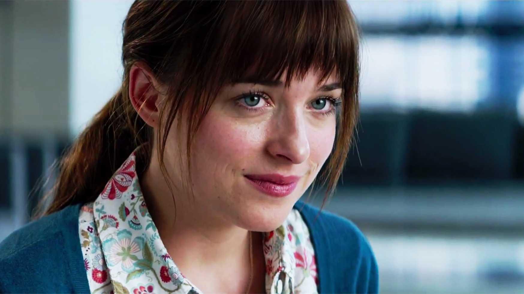 Dakota Johnson stars as the naive Anastasia Steele.