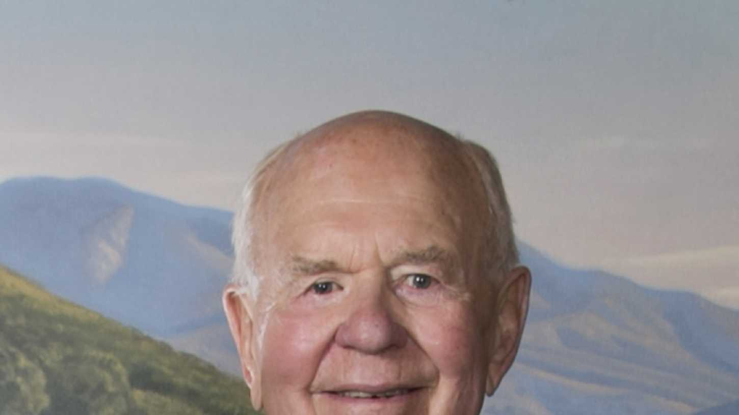 Robert V. Antle died on Sunday.