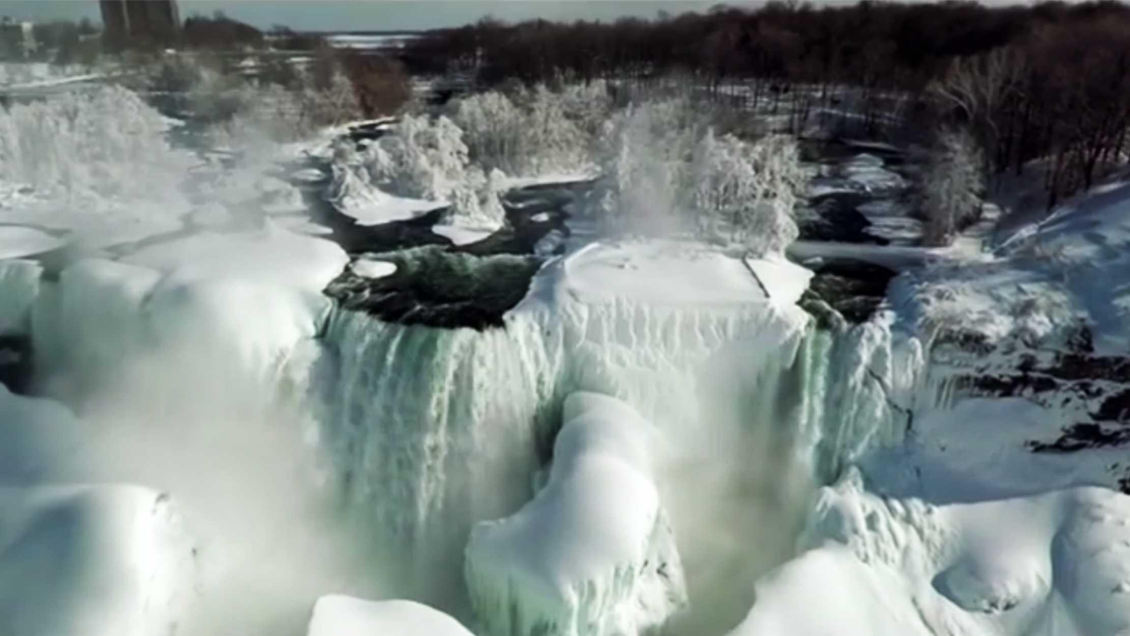 Niagara Falls (Feb. 2015)