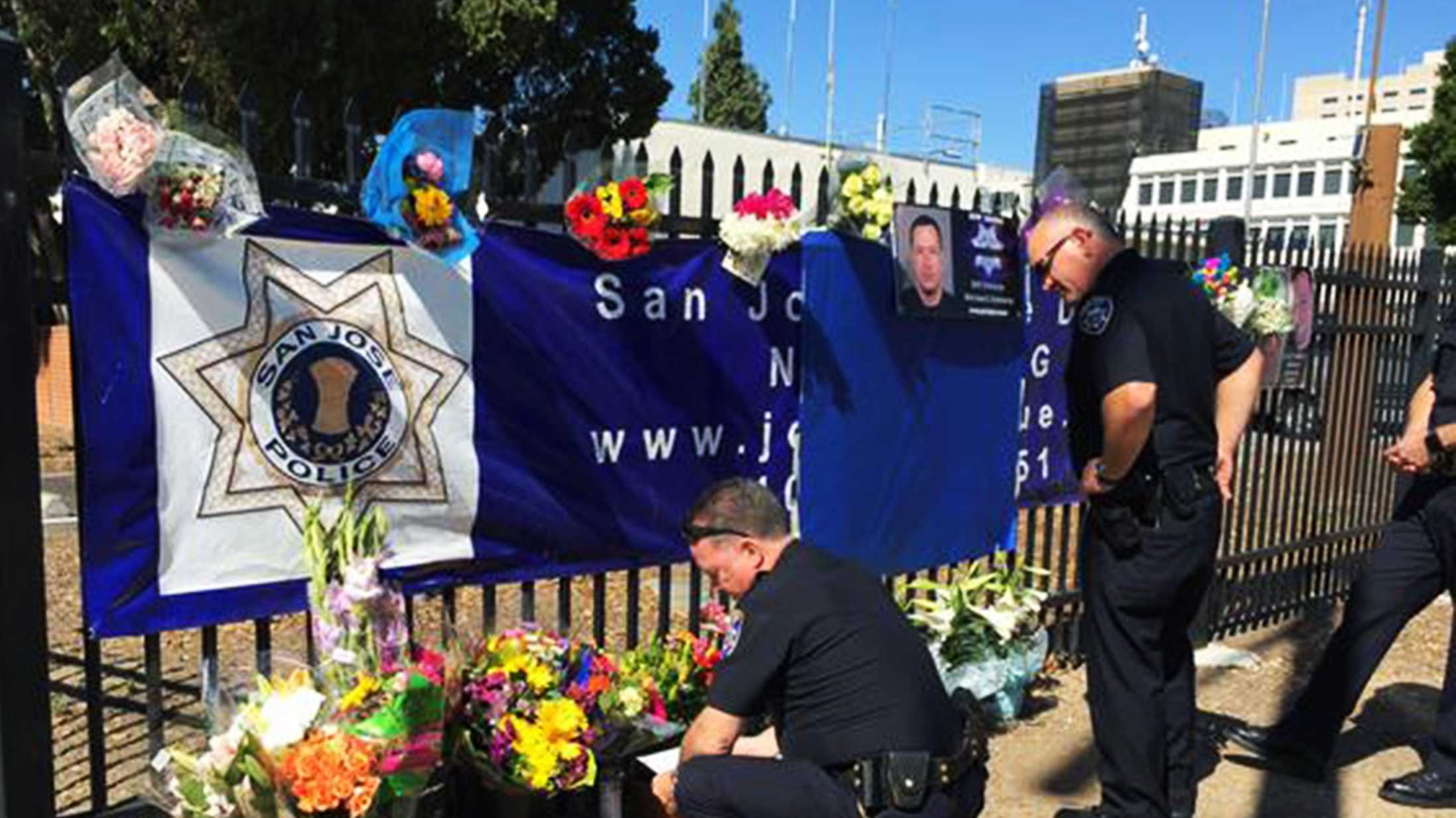 Santa Cruz Police Chief Kevin Vogel and two deputy chiefs paid their respects to fallen 14-year veteran San Jose police Officer Michael Johnson. (March 26, 2015)