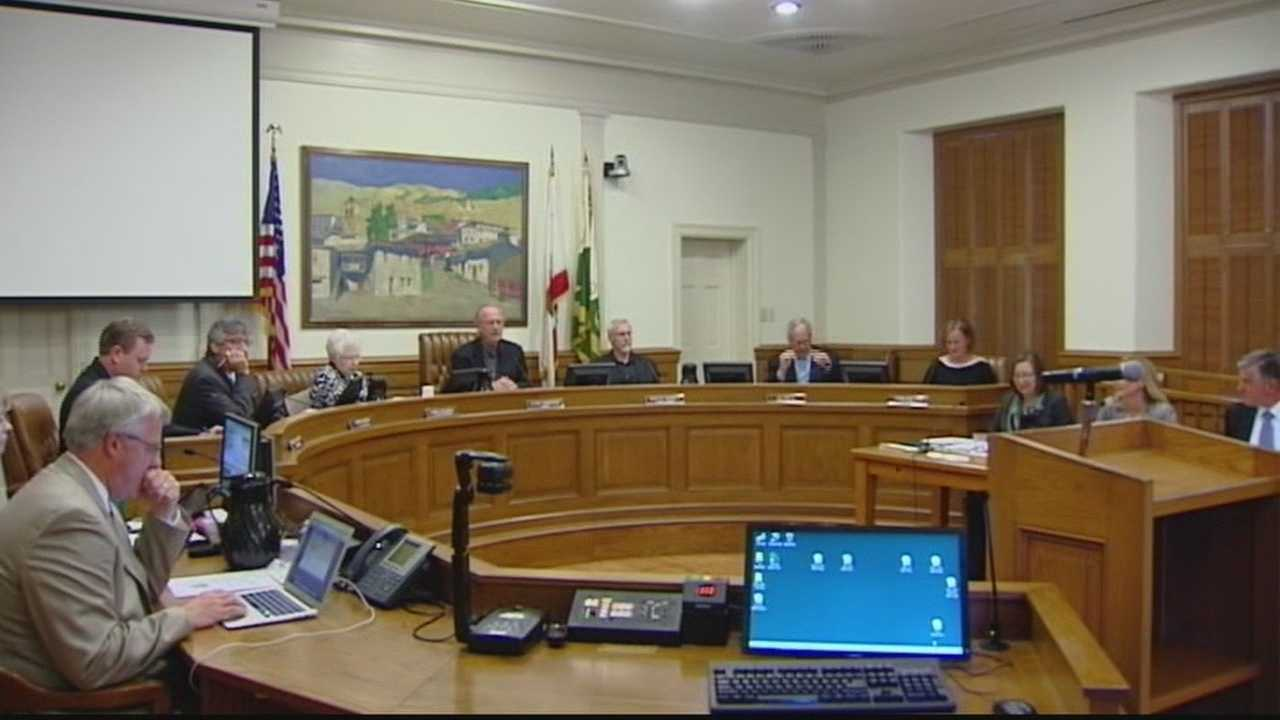 The Monterey City Council unanimously voted to approve the first reading of an ordinance that restricts massage parlors.  The goal is to better regulate massage parlors and stop any illegal activity from happening there like prostitution.