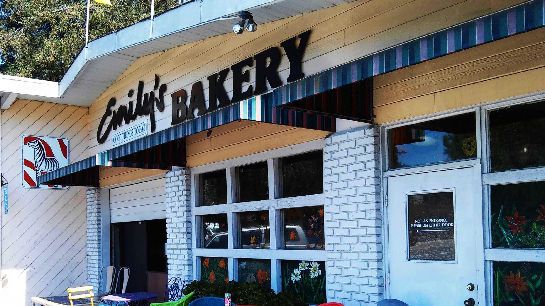 Emily's Bakery in Santa Cruz (July 20, 2015)