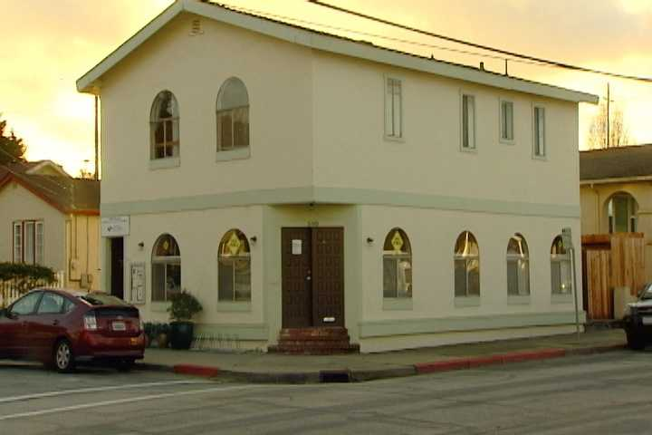 A new youth warming shelter opened its doors on the Monterey Peninsula. & Monterey warming shelter for youth opens