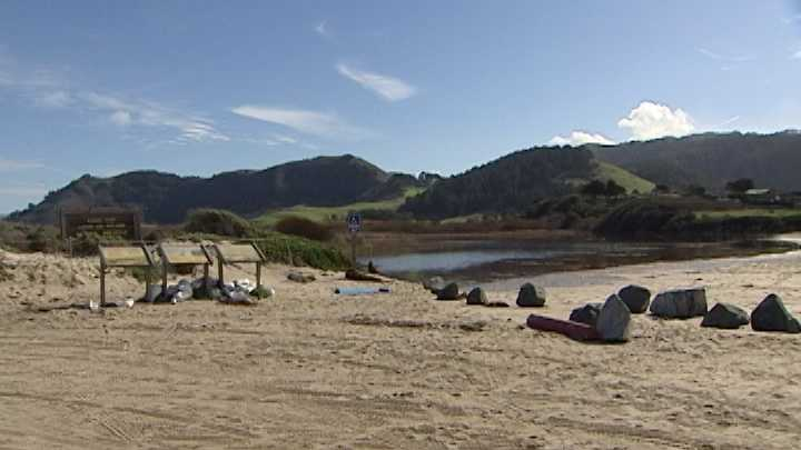 KSBW Breaching the Carmel River Lagoon.jpg