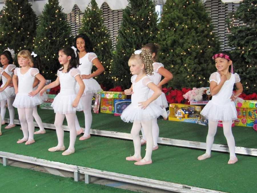 Central Coasters donated $93,600, 7,424 toys, 9,019 pounds of food, 994 turkeys, 868 pounds of clothes, and 346 blankets during KSBW's 2011 Share Your Holiday.