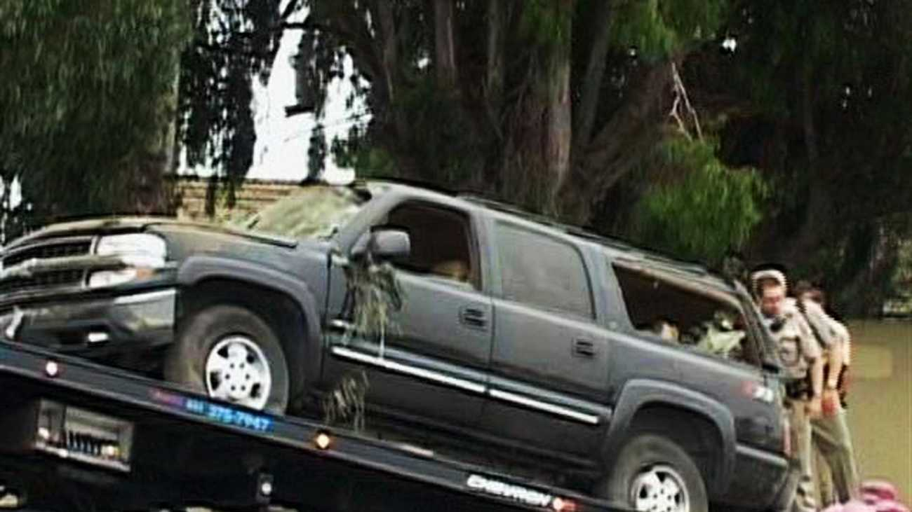 Luis Molina's Chevrolet Suburban is seen wrecked on Highway 101 in Salinas on Aug. 3, 2011. (KSBW / Marco Vargas)