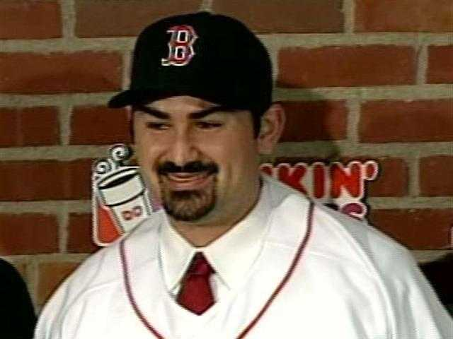 25) Adrian Gonzalez: $21,857,142 in salary, $500,000 in endorsements, $22,357,142 total.