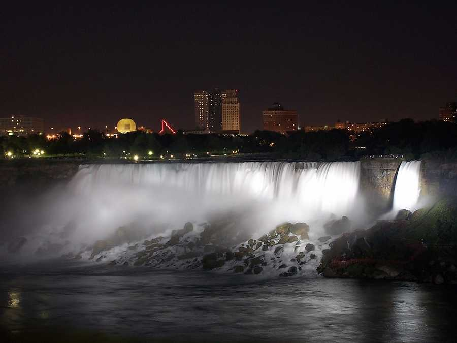 Niagara Falls in Ontario, Canada, and New York State.