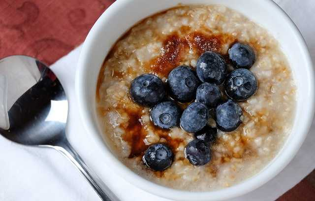 Oatmeal is a fantastic way to start your day. Whichever way you prepare them, oats provide your body with many health benefits. In celebration of National Oatmeal Day, Krystin Goodwin (@krystingoodwin) has a few recipe ideas, and tips on how to kickstart your day with this wholesome snack!