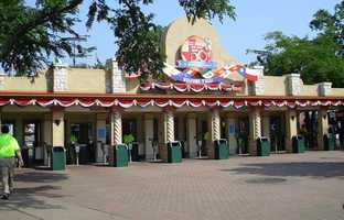 Never buy your ticket at the gate Almost every amusement park will offer some form of discount when purchasing park tickets from their website prior to your visit.