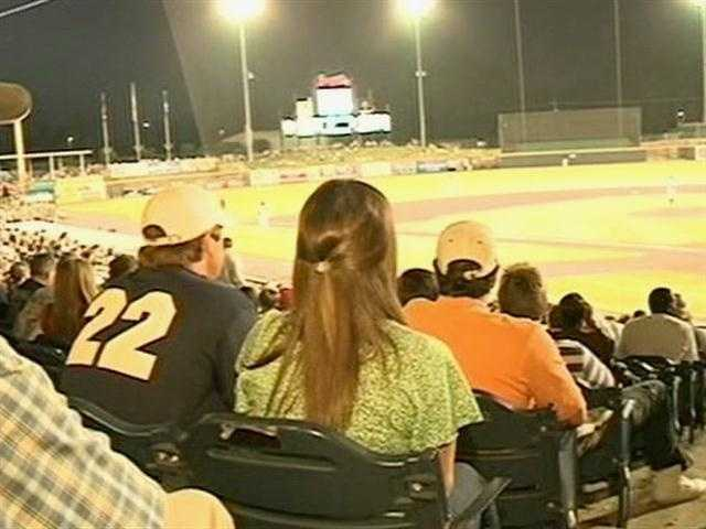 Tickets sold like hotcakes once the news spread about Skylar Laine's appearance at the M-Braves game.