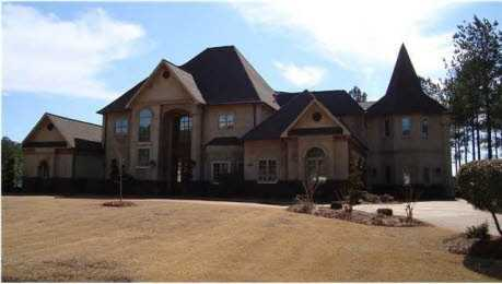 Are you in the market for a six bedroom home? If so, take a virtual tour of this six bedroom, seven bath, $1.19M home for sale in Ridgeland, MS featured on realtor.com