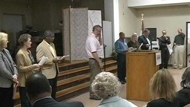 Crowd packs meeting to express frustrations about crime