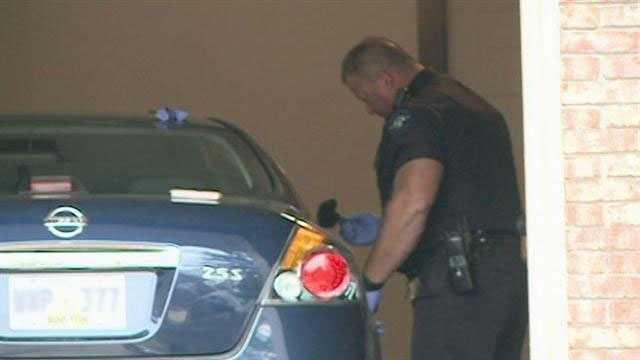 Clinton car burglary officer fingerprints