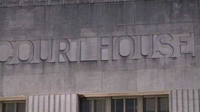 State leaders say bomb threats have been reported at several courthouses across the state.