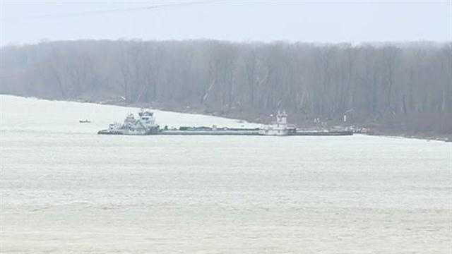 About 7,100 gallons of crude oil spilled into the Mississippi River in January 2013 after a tugboat pushed a barge into the Vicksburg railroad bridge.