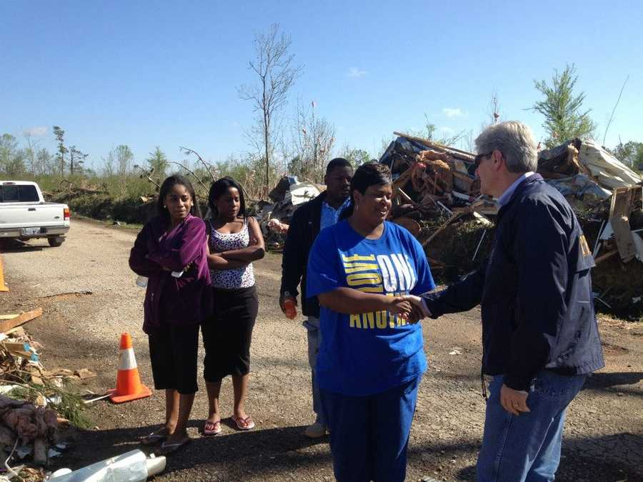Gov. Bryant meets with storm survivors in Shuqualak.