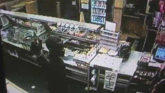 Subway robbery caught on surveillance video