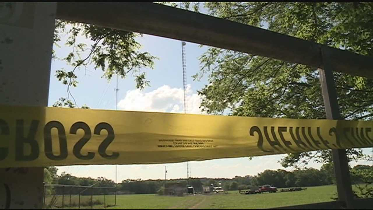 TWO-WORKERS DIED WHEN THEY DROPPED FROM THE TOWER ON HIGHWAY-27 IN COPIAH COUNTY
