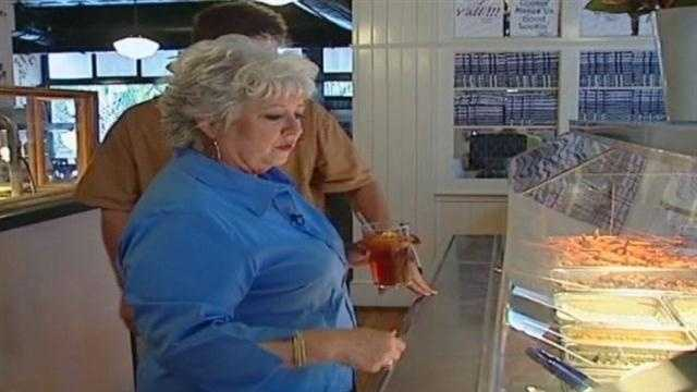 Paula Deen and her son visit the buffet at Harrah's in Tunica shortly after it opened.