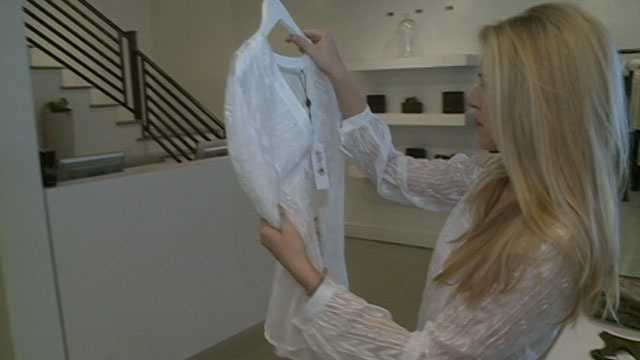 16 WAPT's Megan West recently went shopping with Miss Mississippi Chelsea Rick as she chose her wardrobe for the pageant.