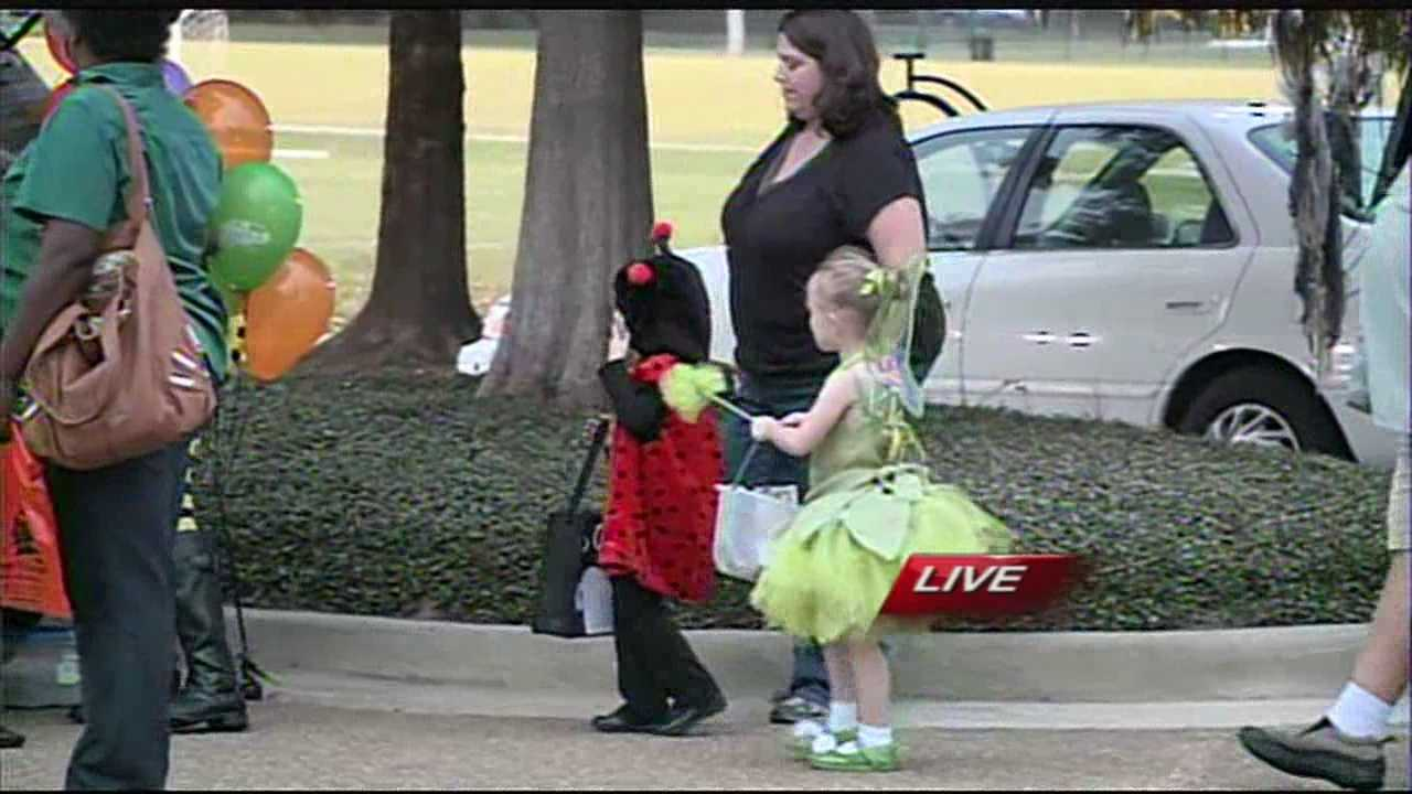 FAMILIES ALL ACROSS CENTRAL MISSISSIPPI ARE CHANGING THEIR PLANS FOR TRICK-OR-TREATING ---THANKS TO SOME WICKED WEATHER HEADED THIS WAY.