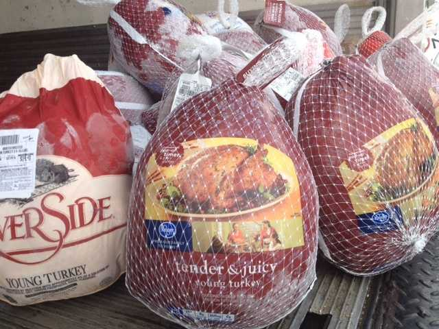 By about 11 a.m. last year, more than 400 turkeys had been donated.