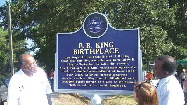 The unveiling of the B.B. King marker in 2008.