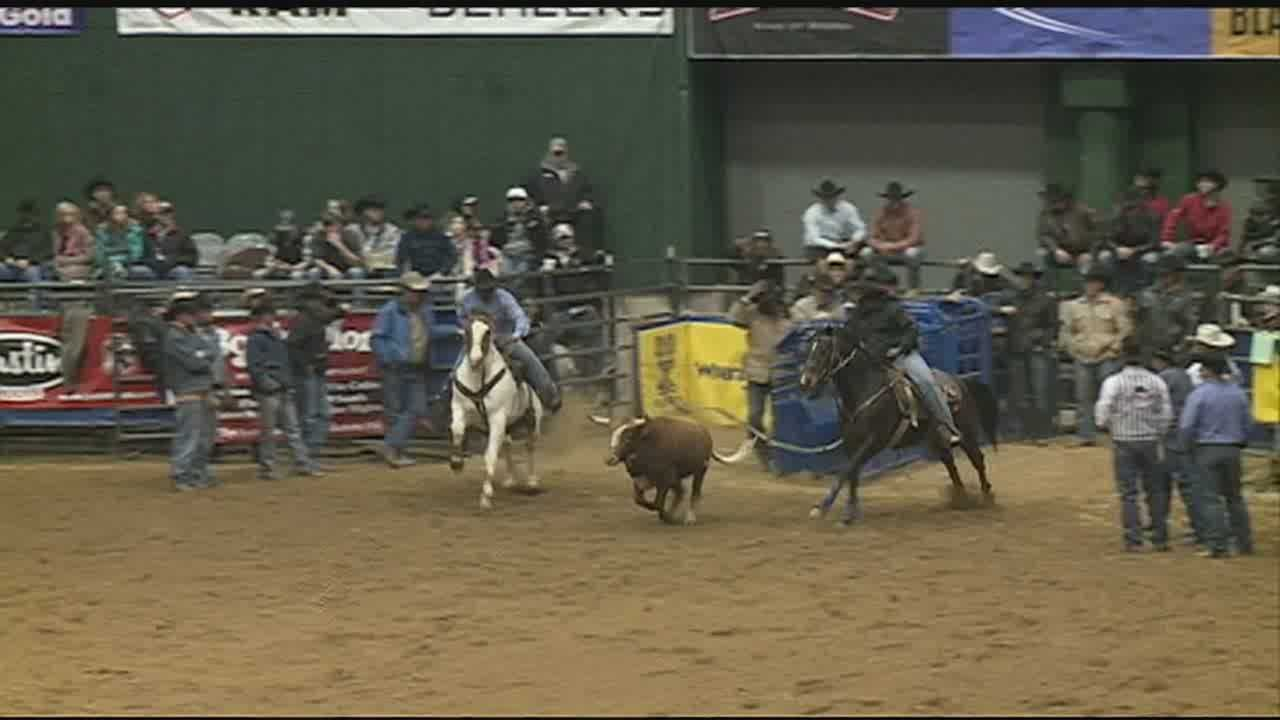 PEOPLE AROUND MISSISSIPPI ARE PULLING ON THEIR COWBOY BOOTS FOR THE FIRST WEEKEND OF THE DIXIE NATIONAL RODEO.