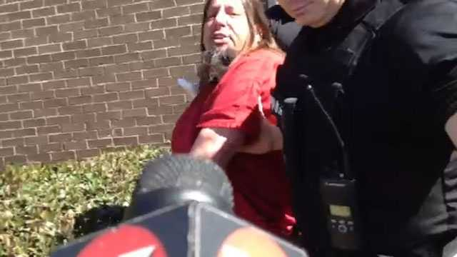 Michael Hughes Richardson curses at 16 WAPT reporter Tammy Estwick.