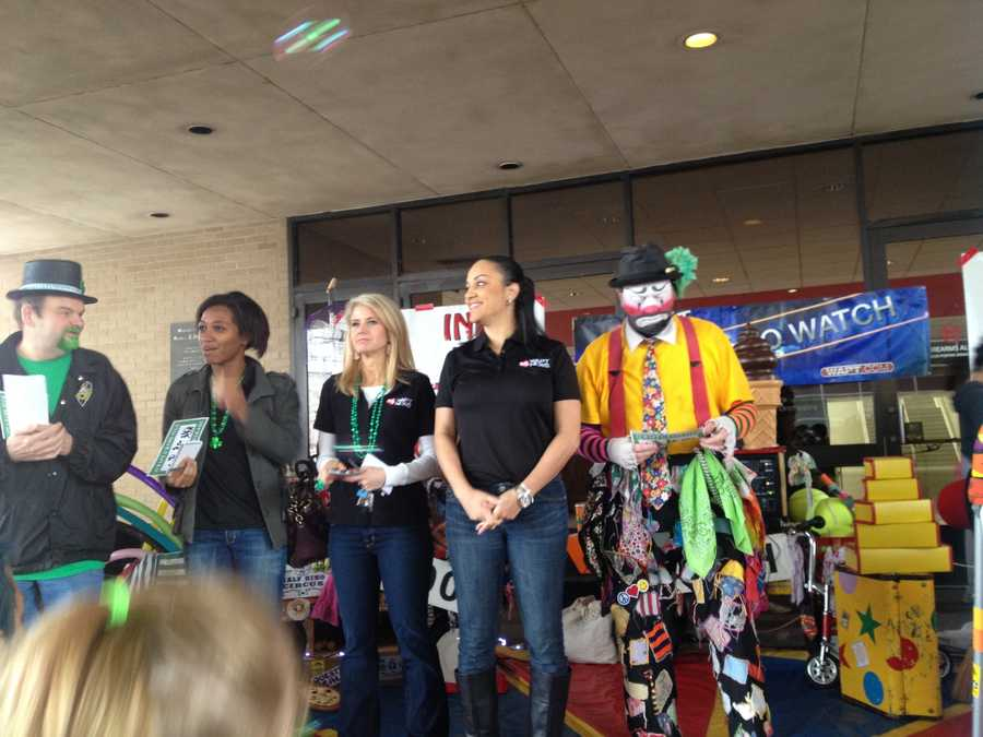 The 16 WAPT News crew judge the pet parade before Saturday's Mal's St. Paddy's Parade.