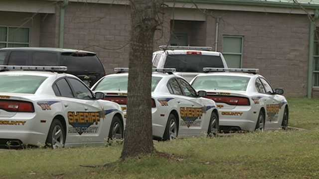 Hinds county detention center deputy cars